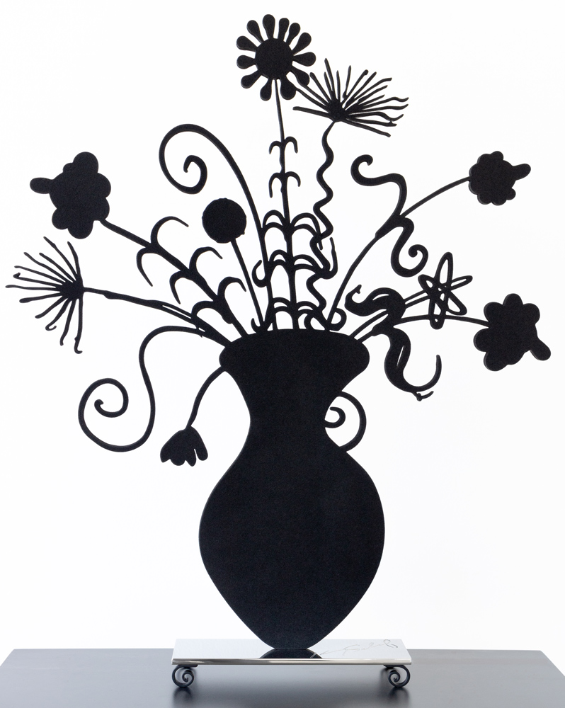Flores Black by Kenny Scharf, straight