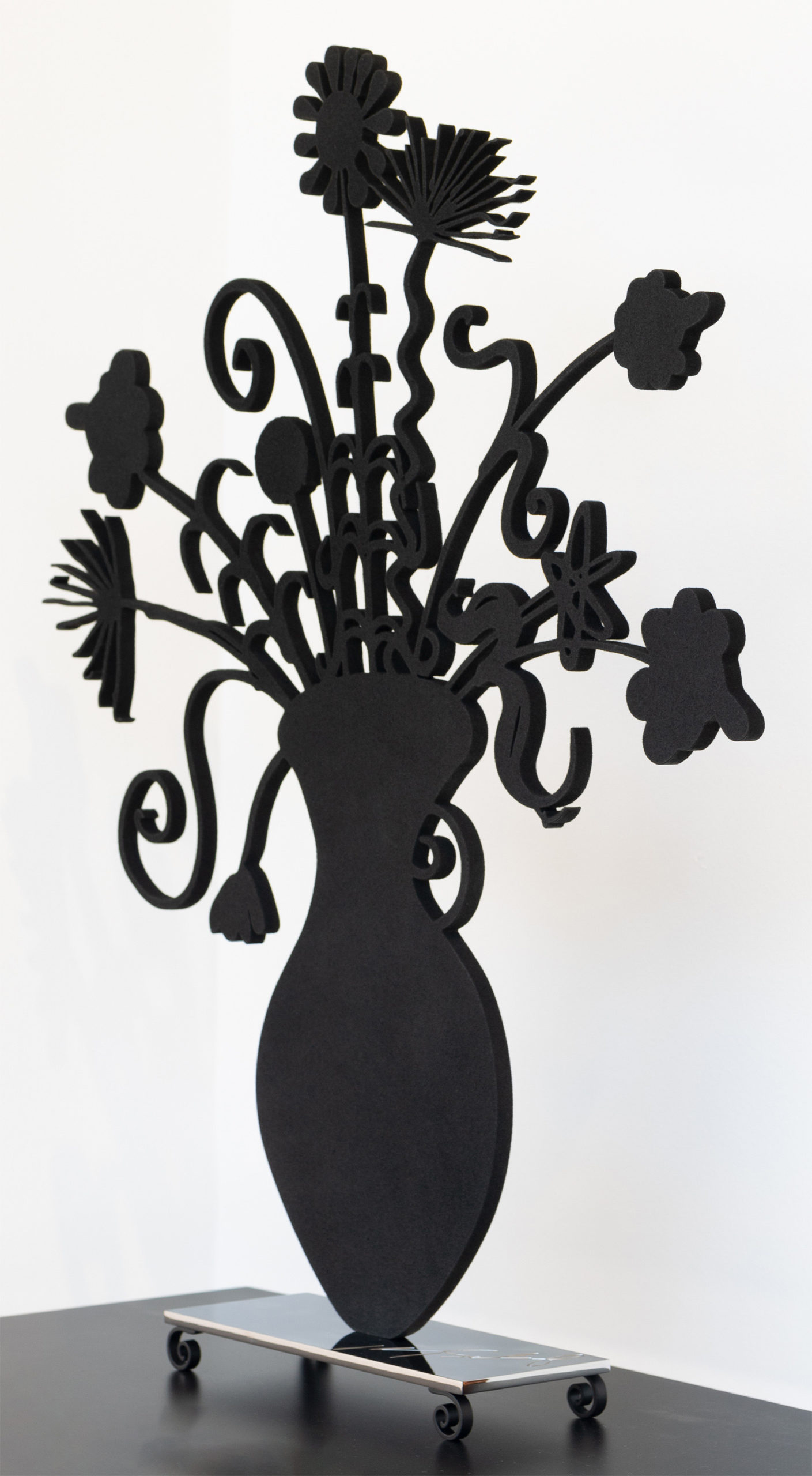 Flores Black by Kenny Scharf, skew